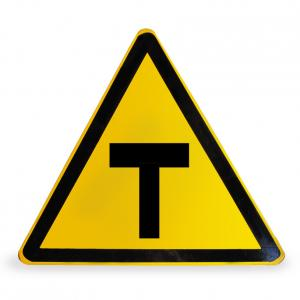 T字路口警告指示牌